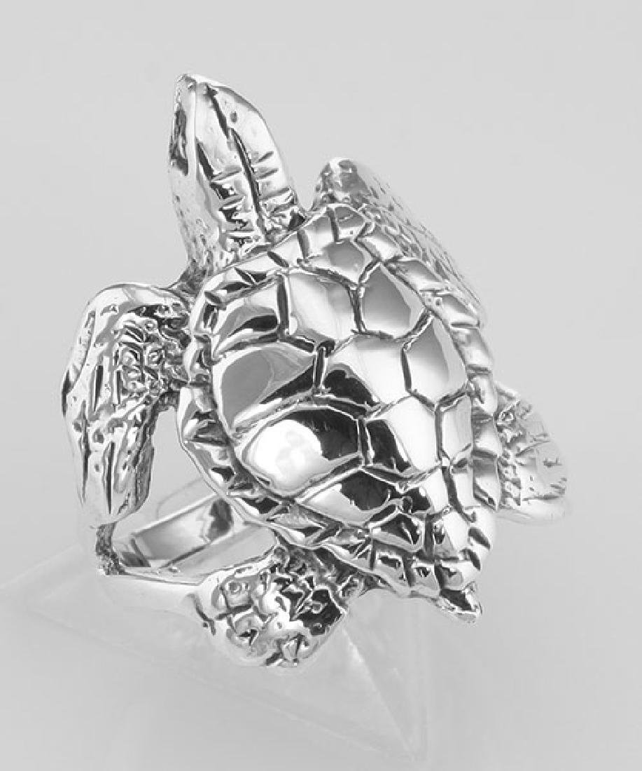 Beautiful Sea Turtle Ring - Sterling Silver