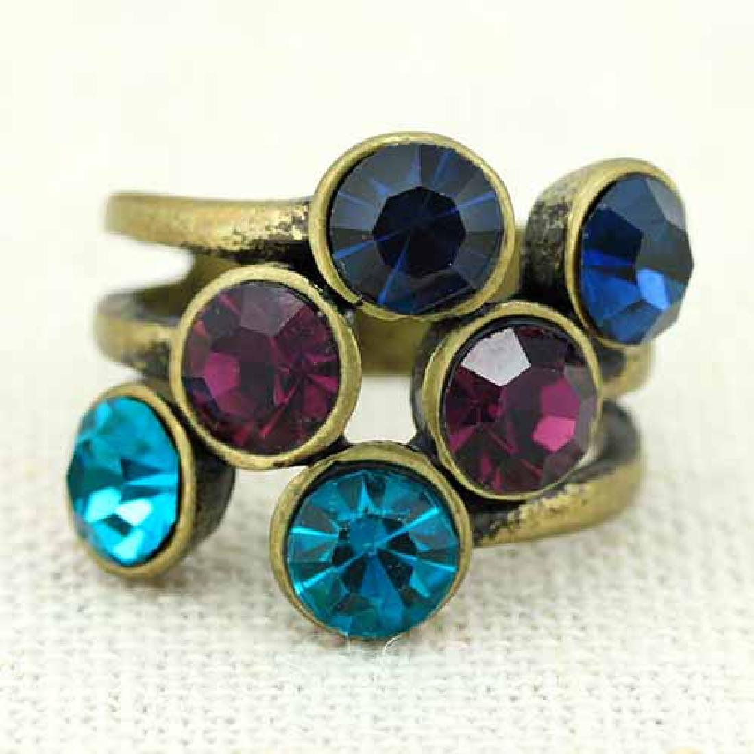 ANTIQUE STYLE GERMAN SILVER COLOR STONE RING