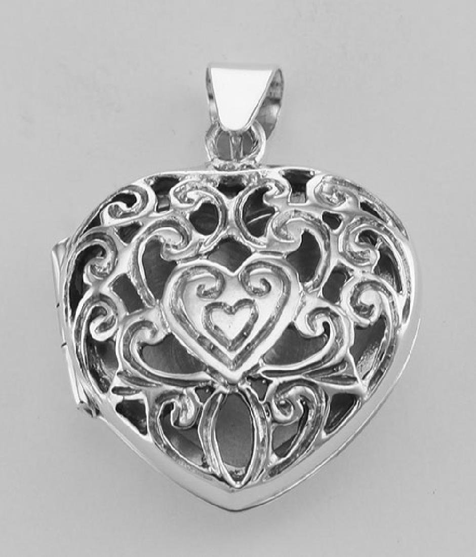 Antique Style Scroll Design Filigree Heart Locket