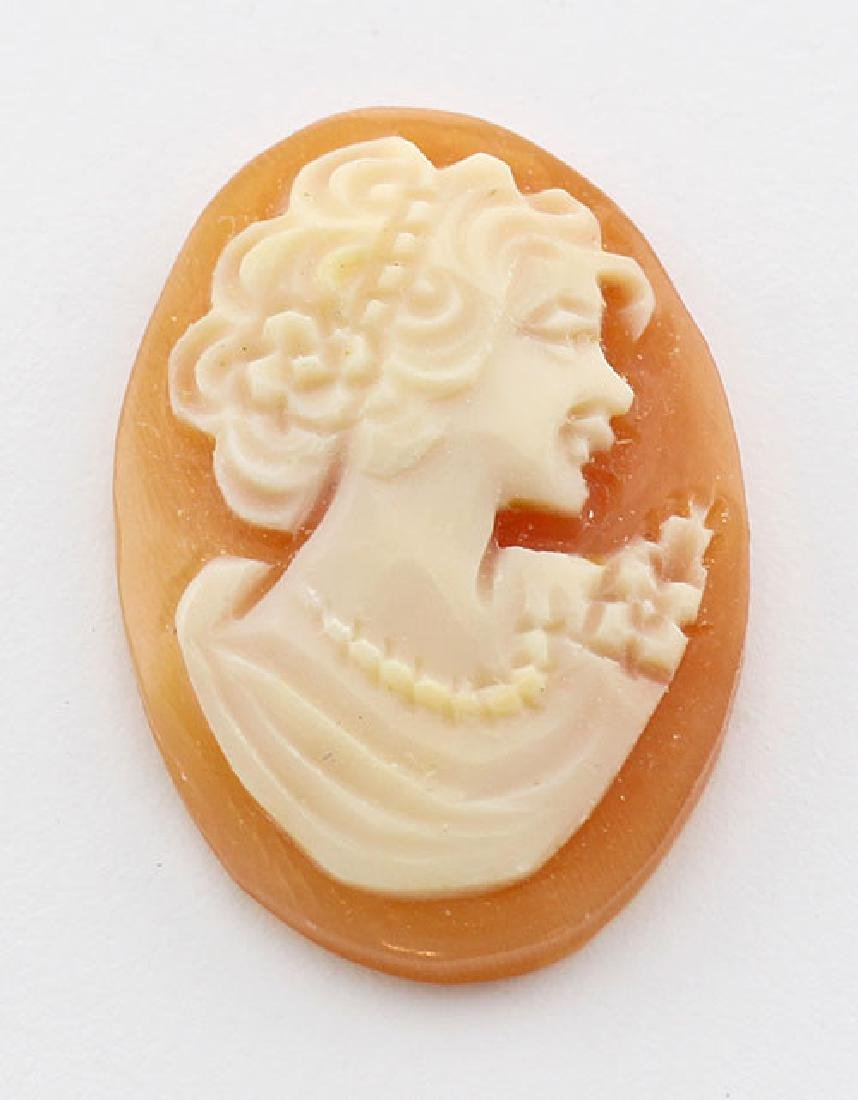 22 mm x 15 mm Oval Hand Carved Italian Shell Cameo - Lo