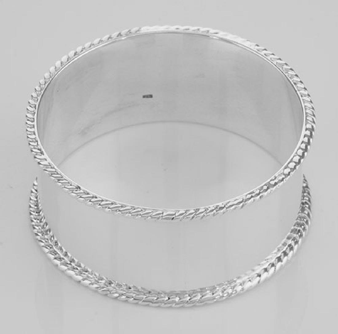 Antique Style Rope Edge Sterling Silver Round Napkin Ri