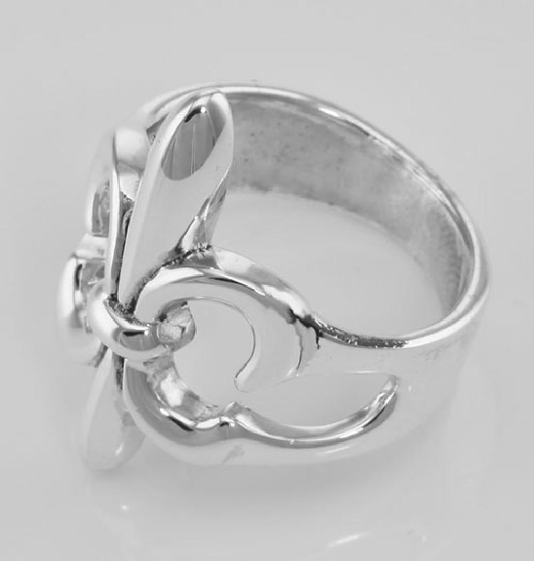 Classic Fleur de Lis Ring - Sterling Silver - 3