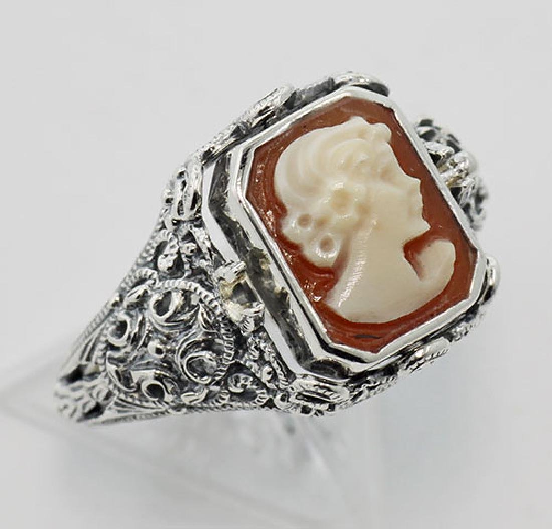 Hand Carved Italian Cameo / Onyx Filigree Flip Ring - S