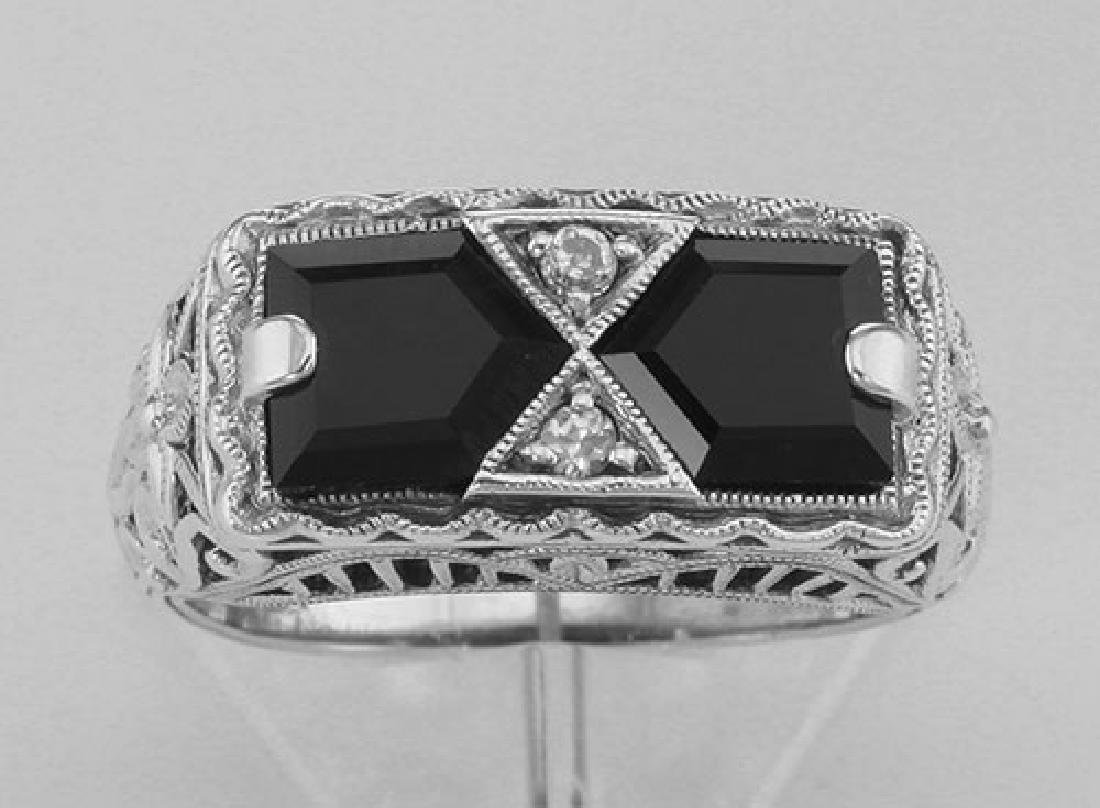 Art Deco Style Black Onyx Filigree Ring with 2 diamonds - 2