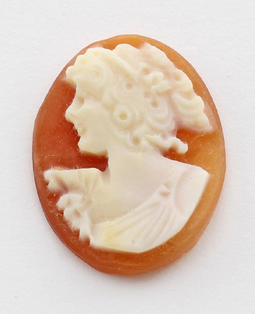 16 mm x 12 mm Oval Hand Carved Italian Shell Cameo - Lo