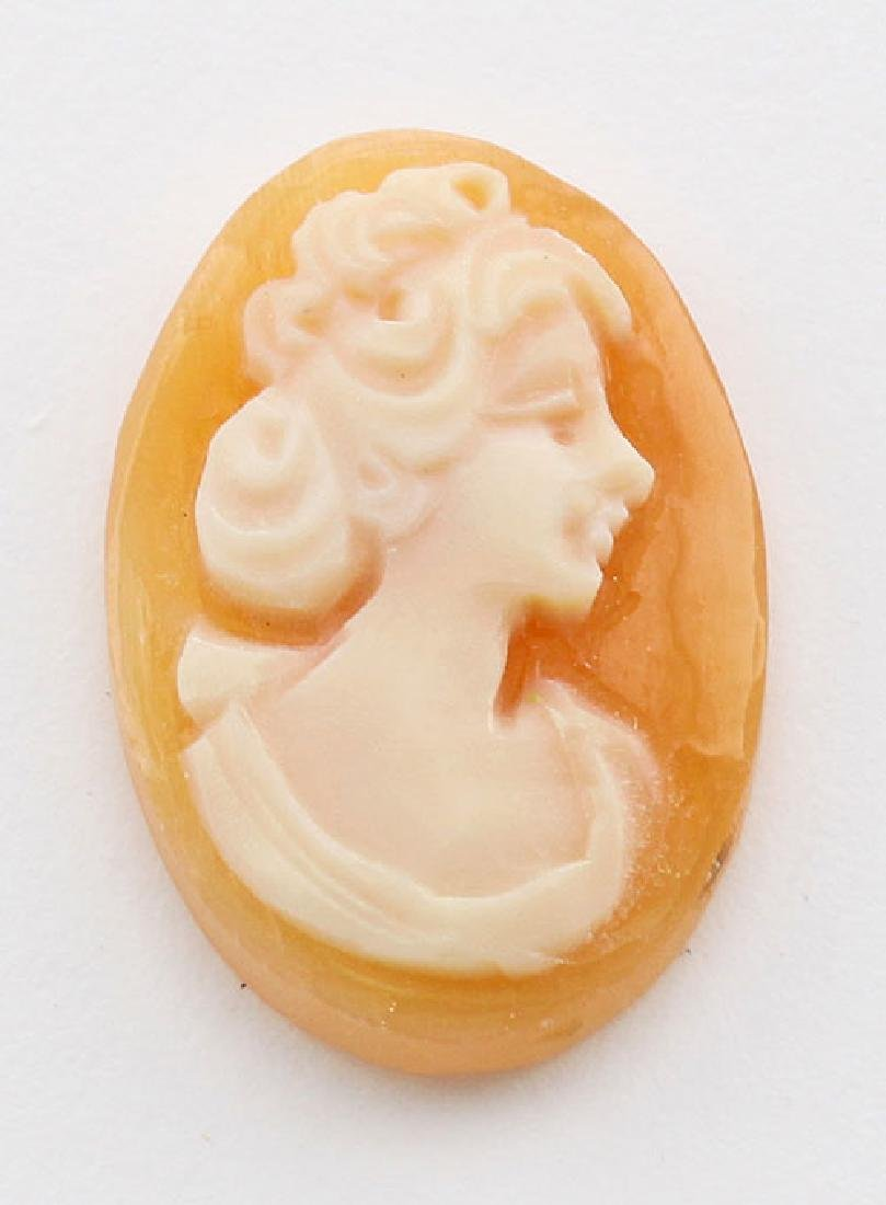 18 mm x 12 mm Oval Hand Carved Italian Shell Cameo - Lo