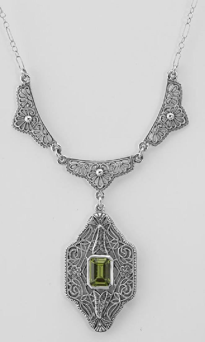 Beautiful Victorian Style Peridot Filigree Necklace 19