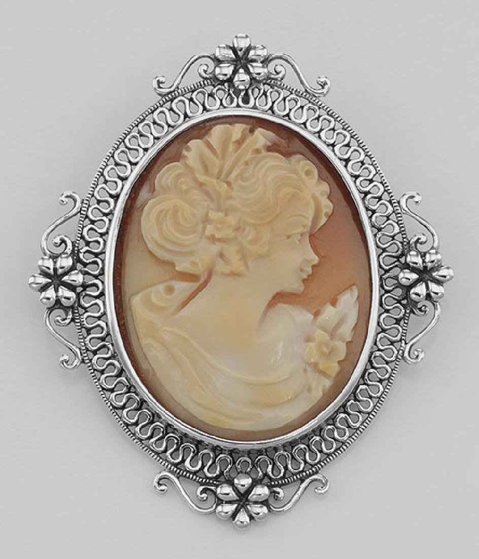 Victorian Style Floral Handcarved Italian Cameo Pin Pen