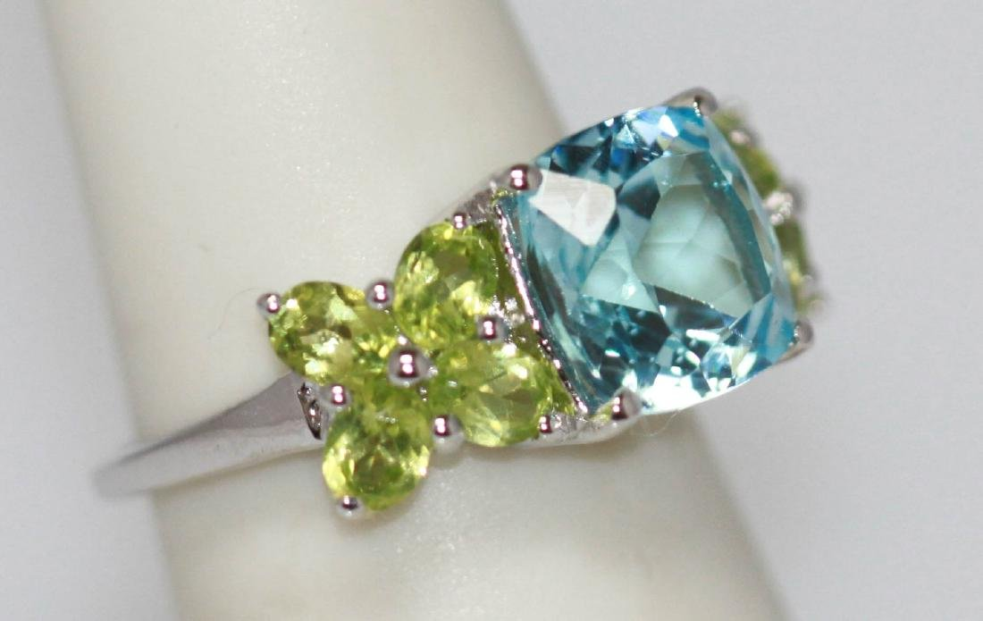 2.90 CTW Blue Topaz and peridot Ring .925 Sterling Silv - 2