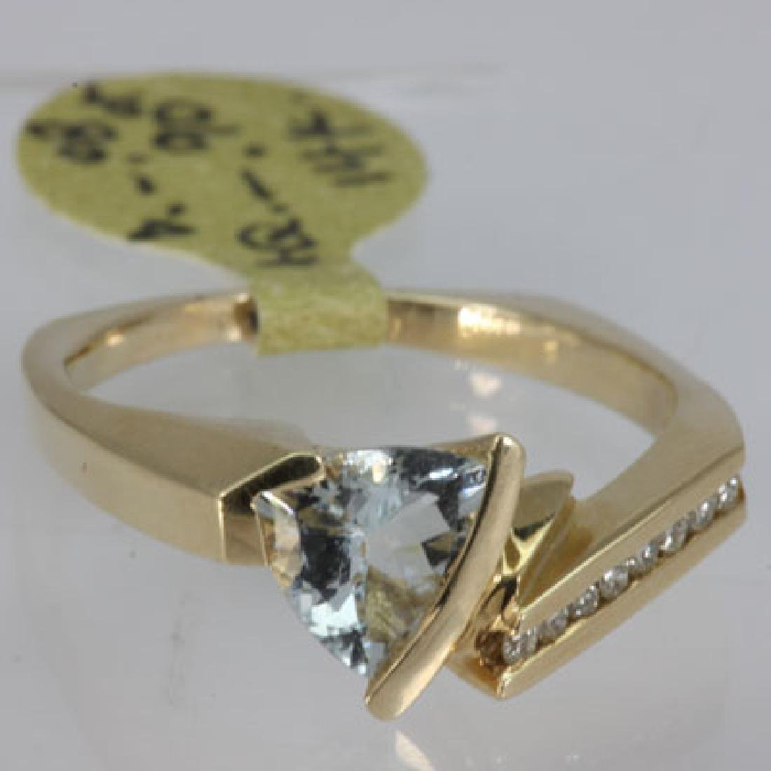 Genuine  0.98 ctw  Aquamarine Ring  14KT Yellow Gold