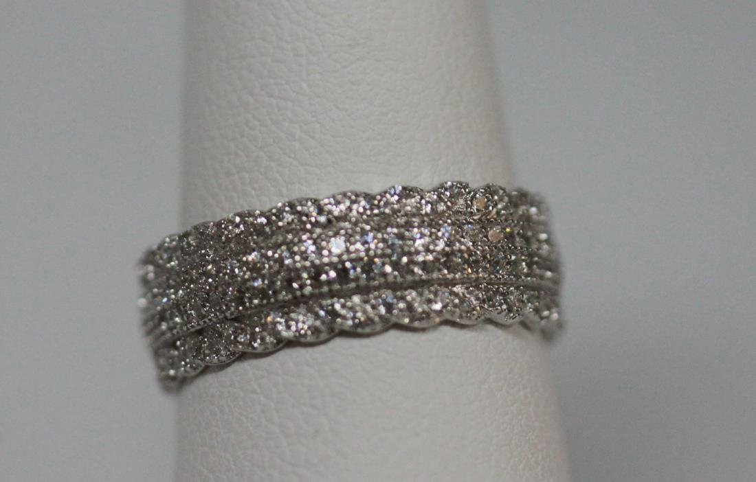 BEAUTIFUL .925 STERLING SILVER BAND RING W/ CZ EMBEDDED - 2