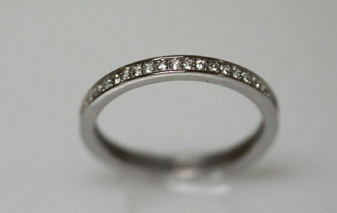 .925 STERLING SILVER BAND W/ CLEAR CZ