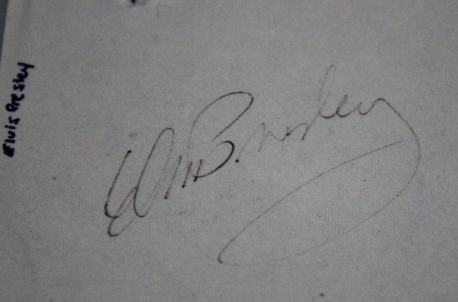 Elvis Presley, Frank Sinatra, Johnny Carson Signed - 2