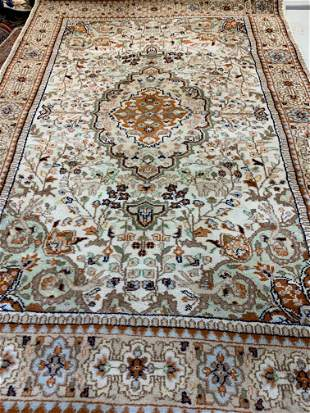 Hand Knotted Persian Indo Tabriz 4x6 ft