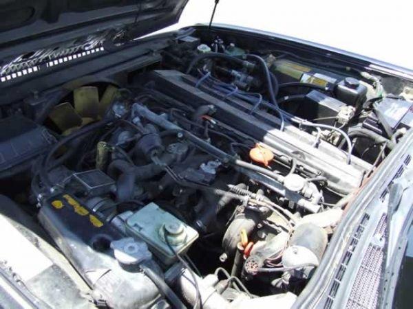 64: 1989 Jaguar XJ6 Vanden Plas Sedan - 3