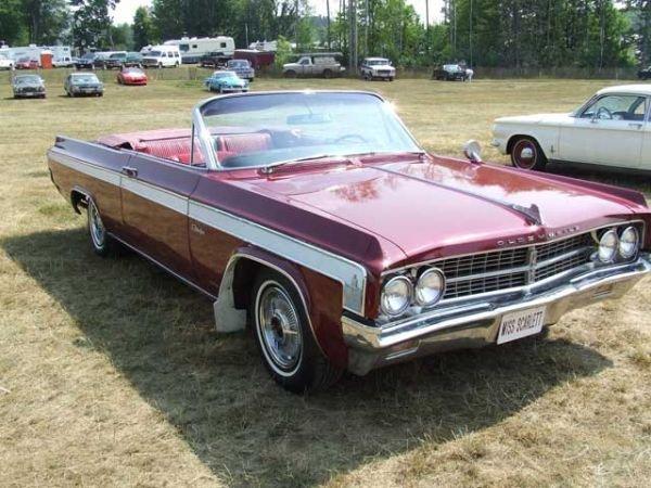 7I: 1963 Oldsmobile Starfire Convertible