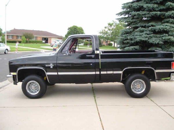 214: 1983 Chevrolet PickUp