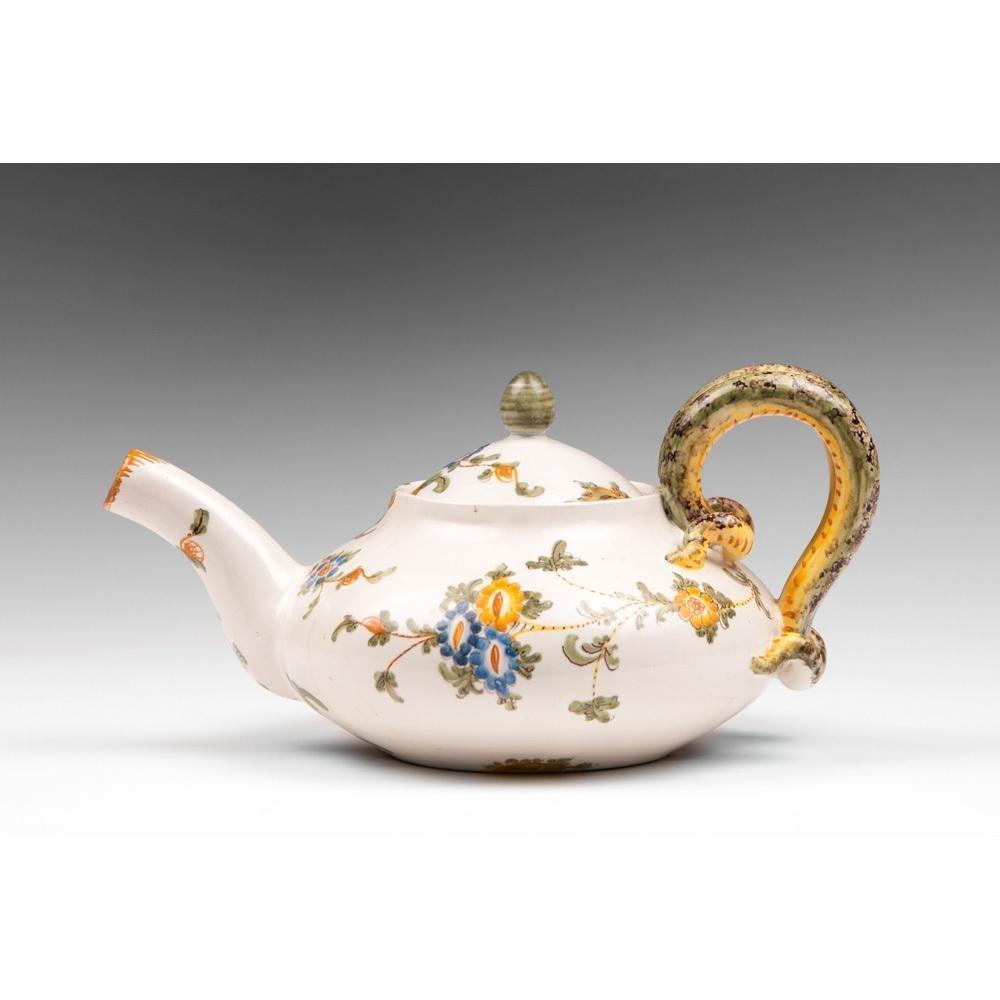Italian Cantagalli Teapot - 2
