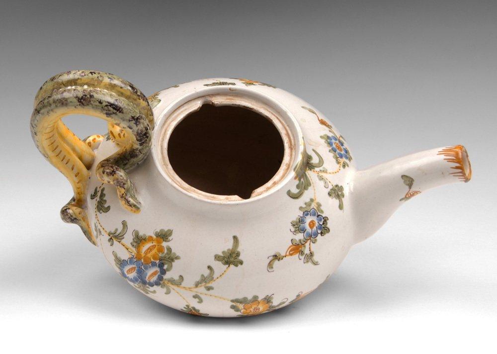 Italian Cantagalli Teapot - 4