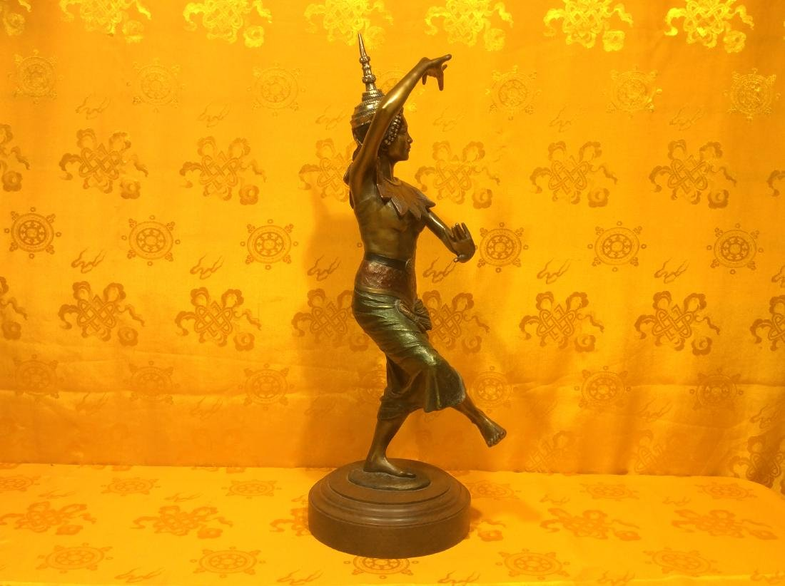 Vintage Thai Dancer Statue. - 2