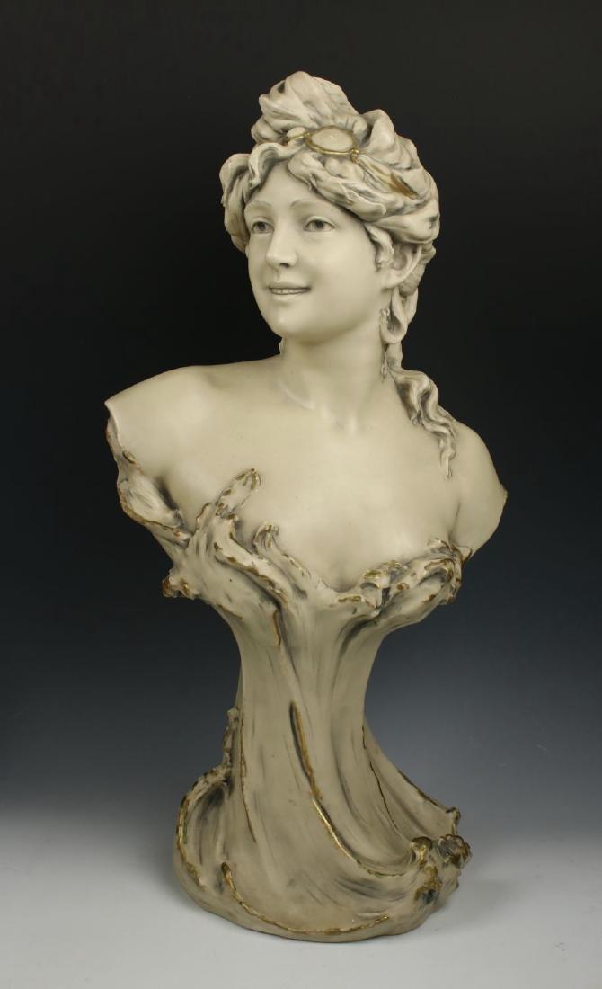 """Royal Dux art nouveau figurine """"Bust of Woman"""""""