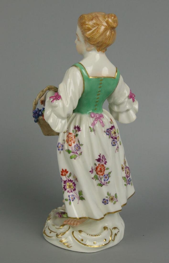"Meissen Kaendler Figurine ""Girl With Knife And Basket"" - 4"