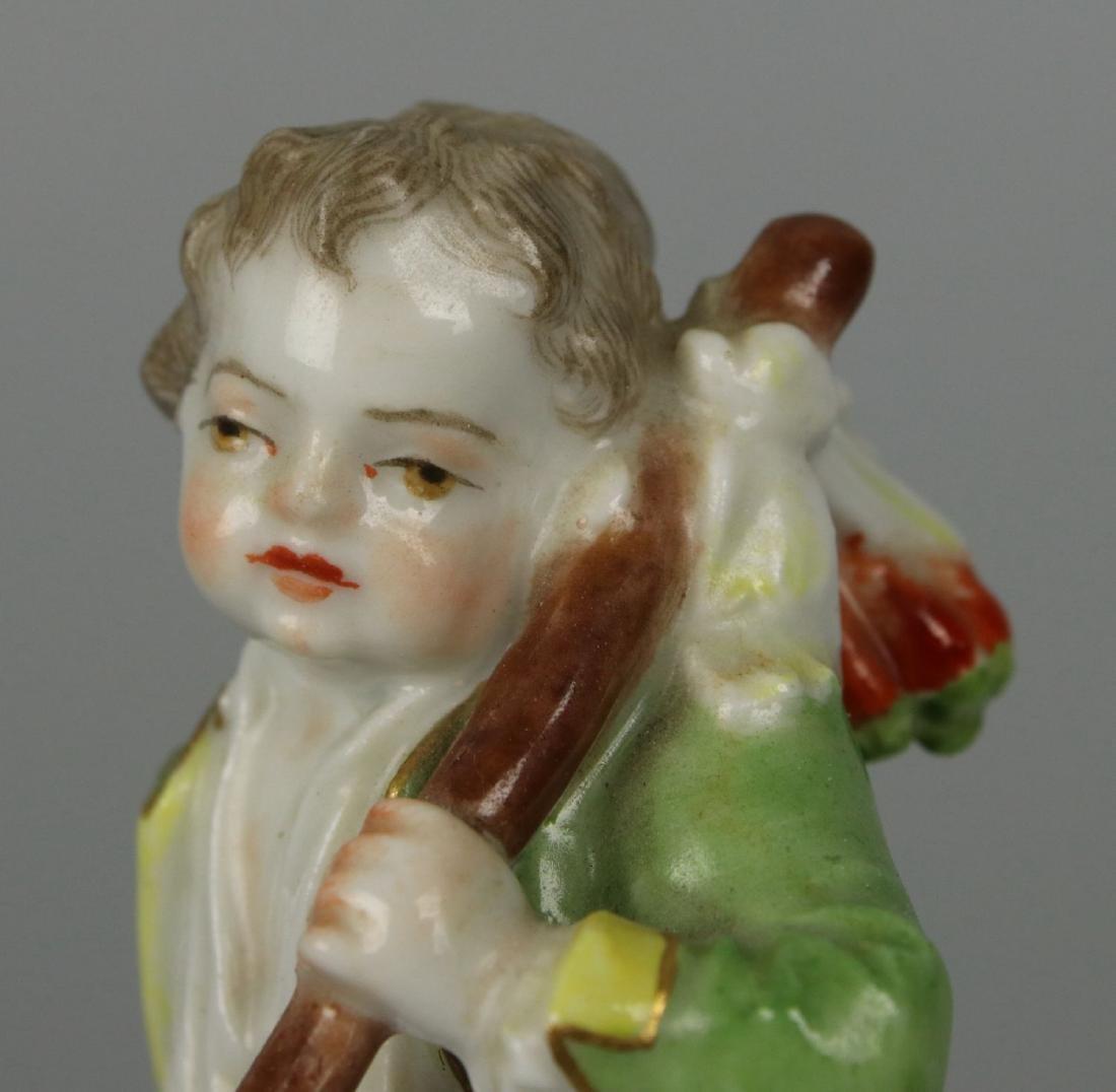 """Meissen Acier Figurine G7 Garden Children """"Boy Holding - 7"""