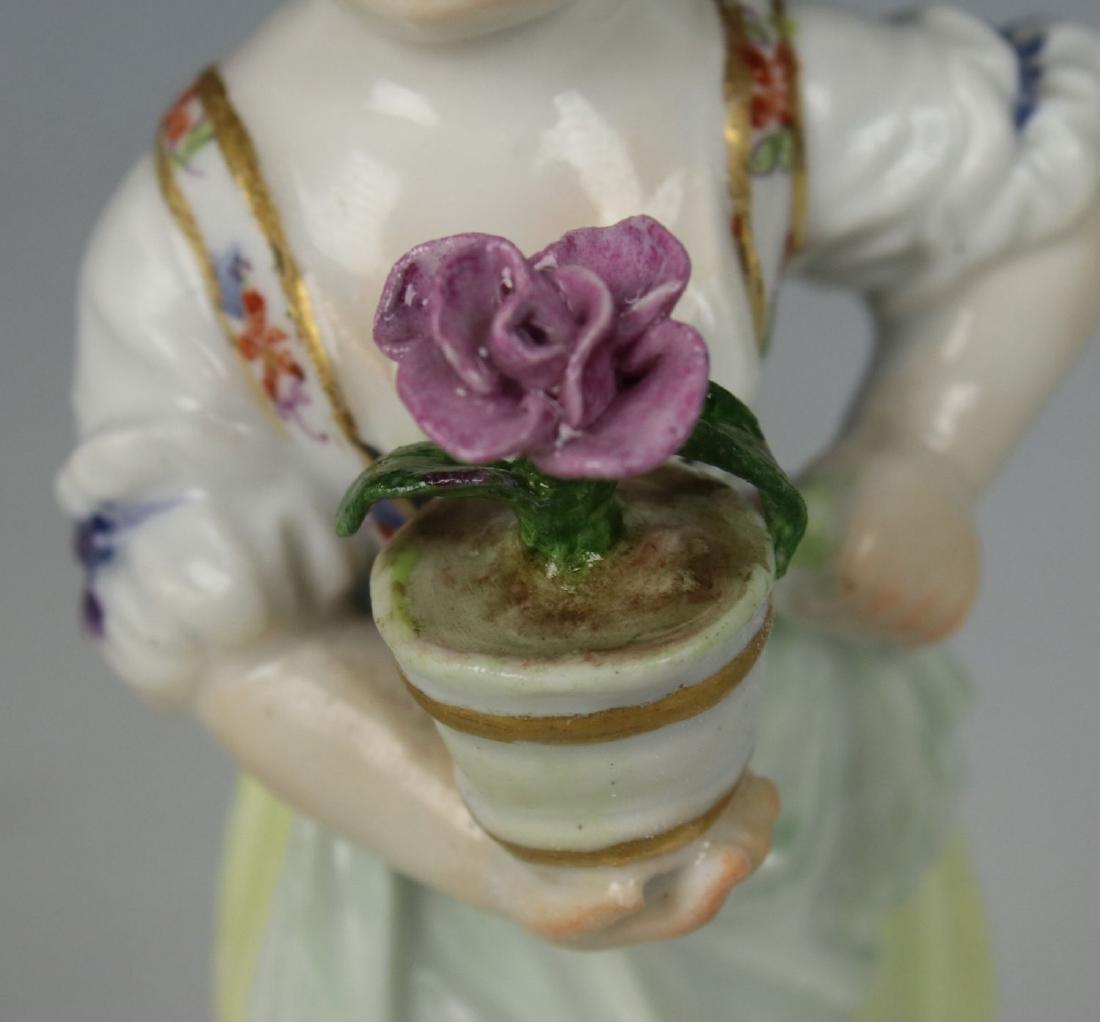 """Meissen Acier Figurine G1 """"Girl with Flower Pot"""" - 10"""