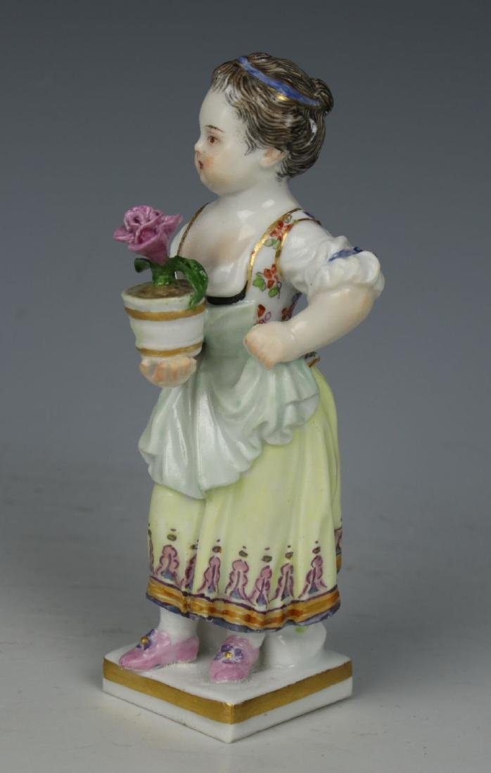 """Meissen Acier Figurine G1 """"Girl with Flower Pot"""" - 6"""