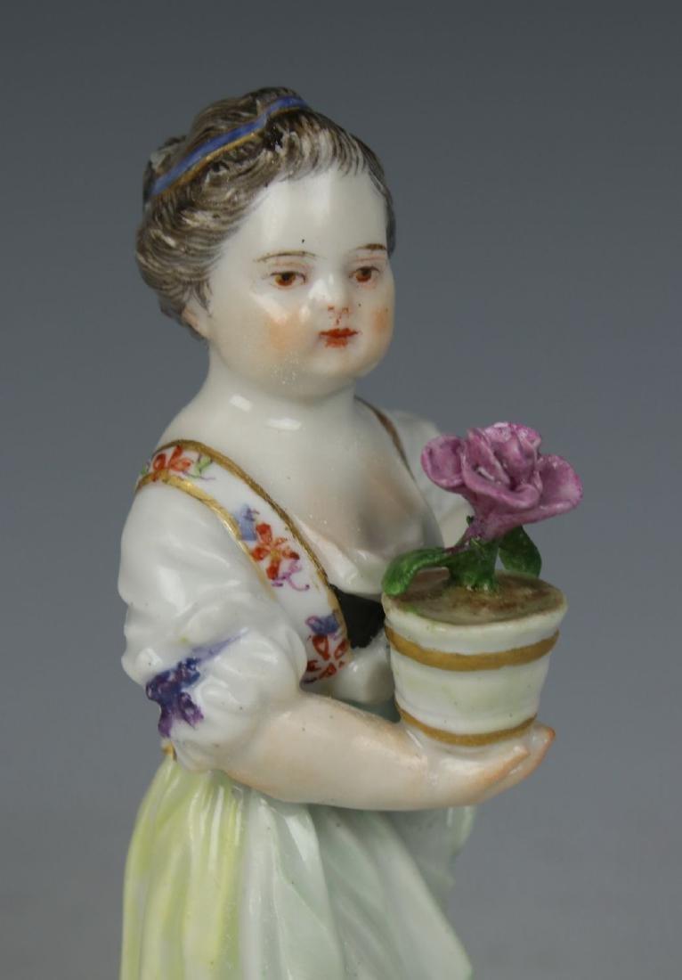"""Meissen Acier Figurine G1 """"Girl with Flower Pot"""" - 7"""