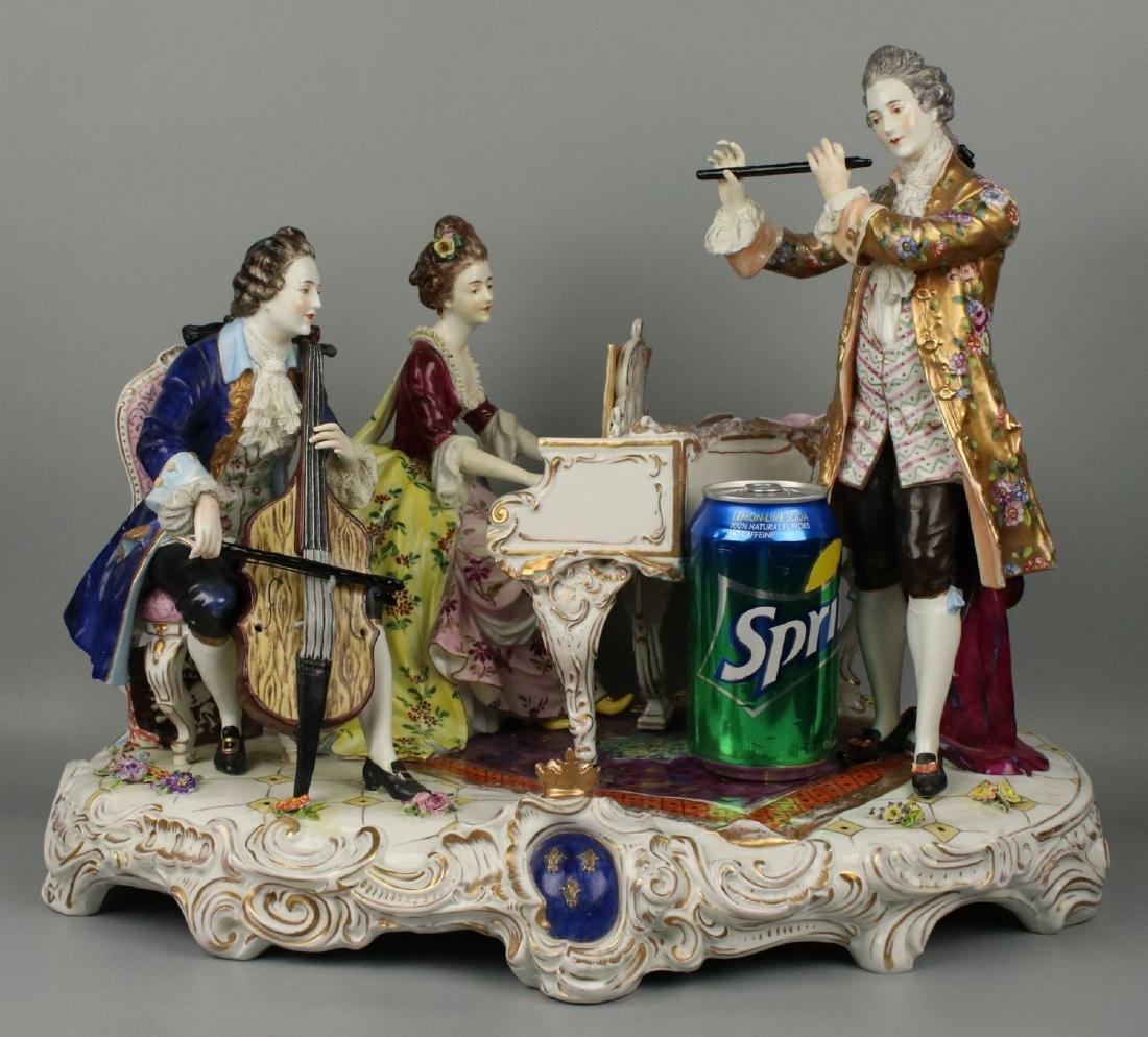 "Large 19"" Dresden Volkstedt figurine ""Musical Trio"" - 2"