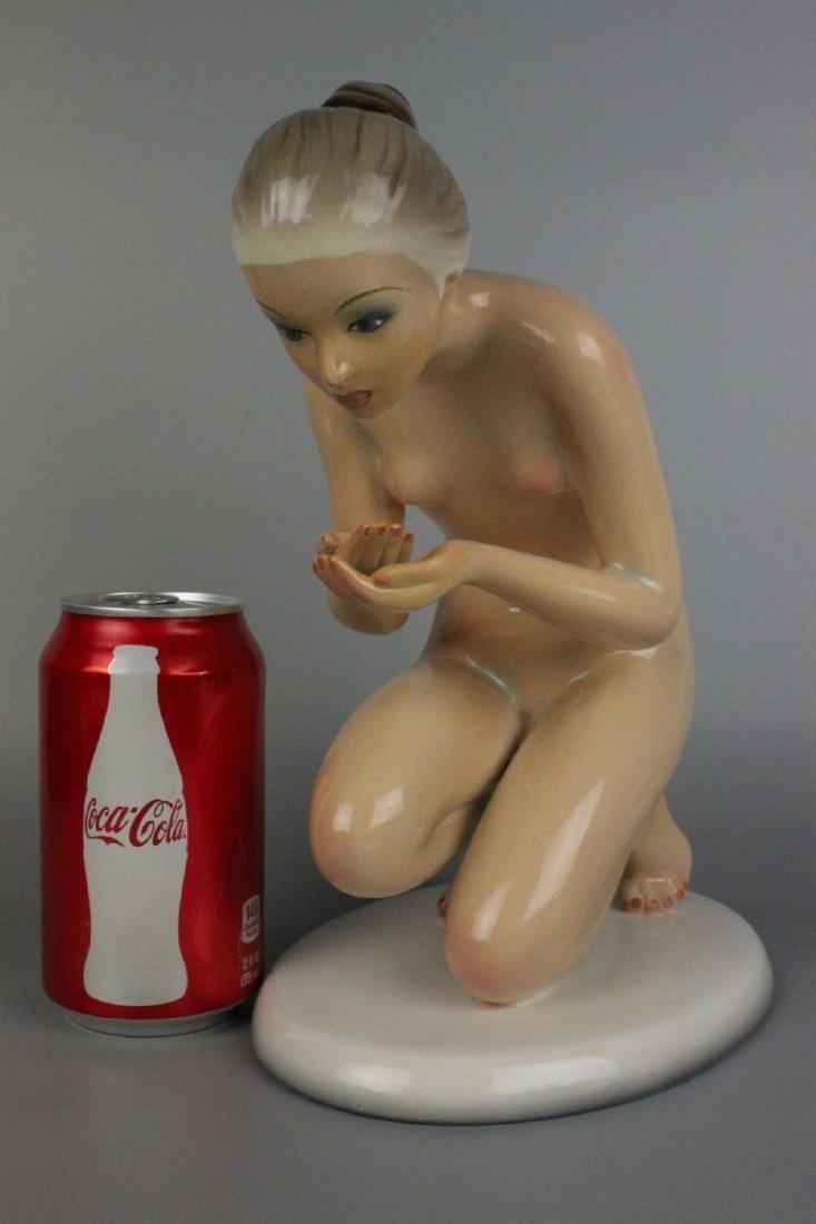 Capodimonte Ronzan Figurine Woman Drinking - 8