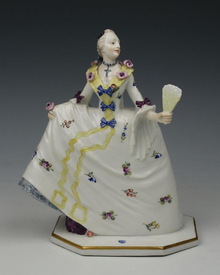 "Nymphenburg Bustelli figurine ""Lady with Fan"""