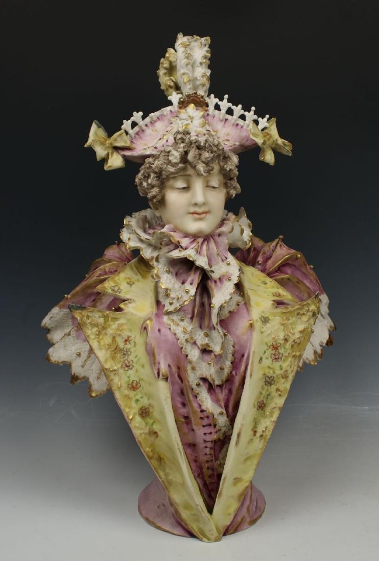 "Amphora Turn Teplitz Figurine 1166 ""Bust of Man"""