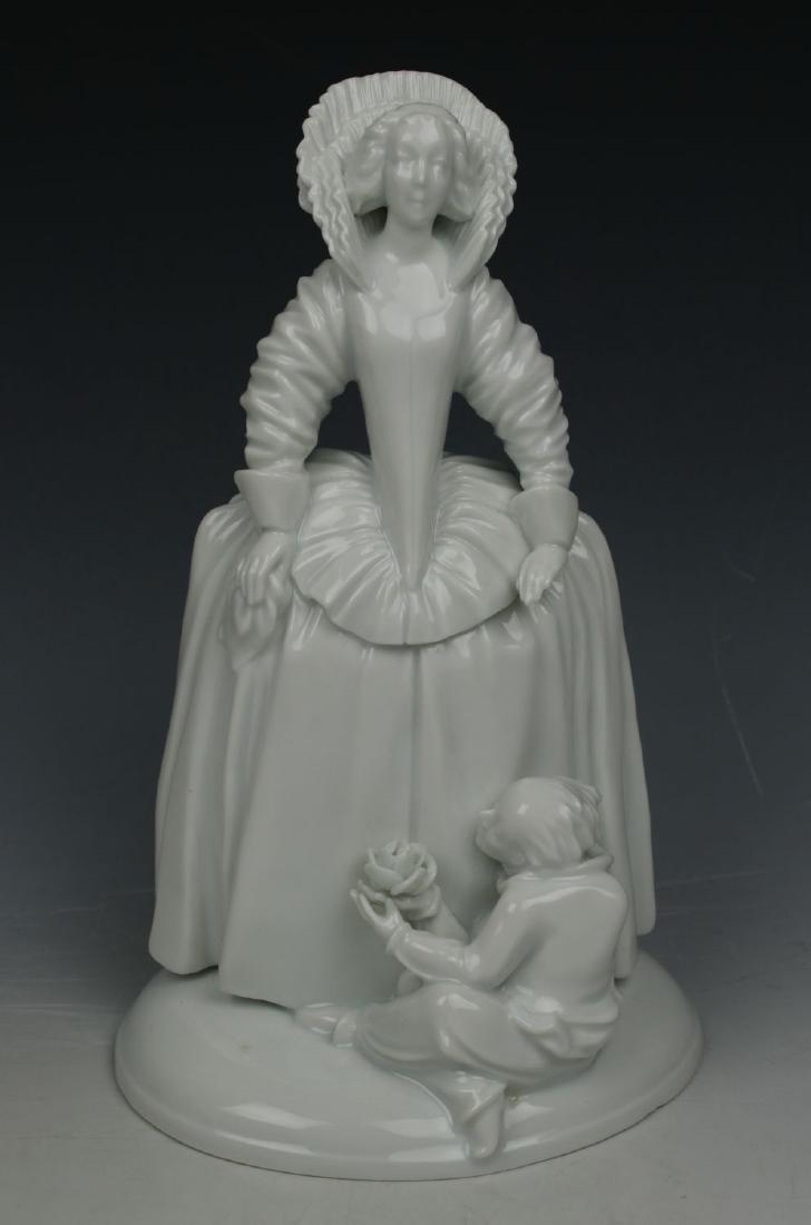 """Augarten Wien Figurine """"Infantin"""""""