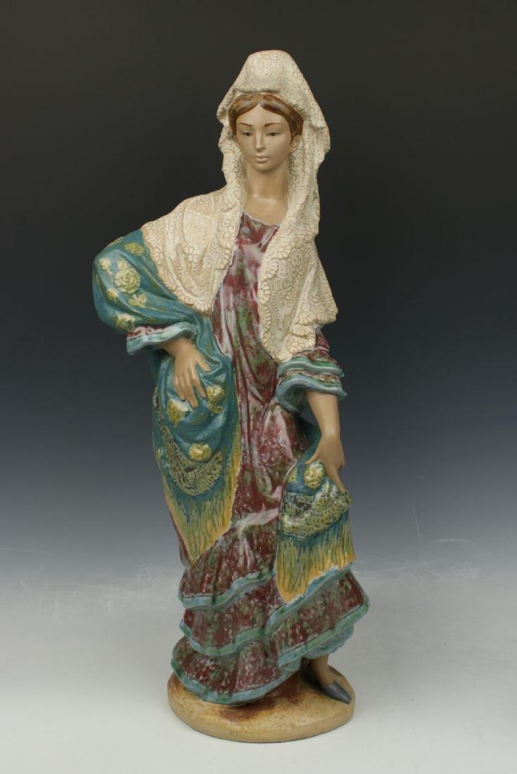 "20"" Lladro figurine 12083 ""Carmen"""