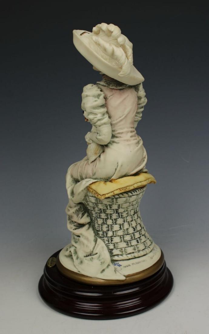 """Giuseppe Armani Figurine """"Lola"""" - 5"""