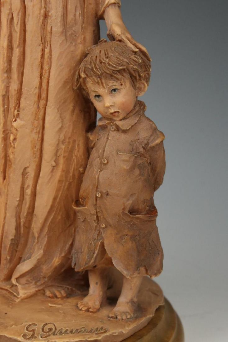 "Giuseppe Armani Figurine ""Gypsy Woman"" - 8"