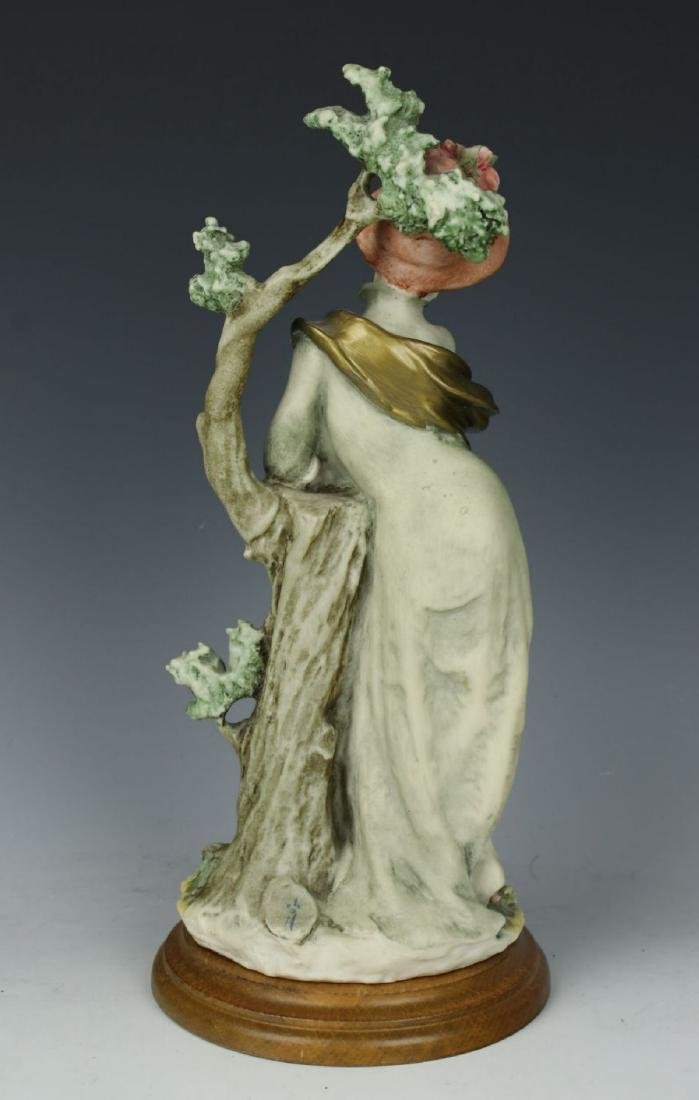 "Giuseppe Armani Figurine ""Lady with Parasol"" - 4"