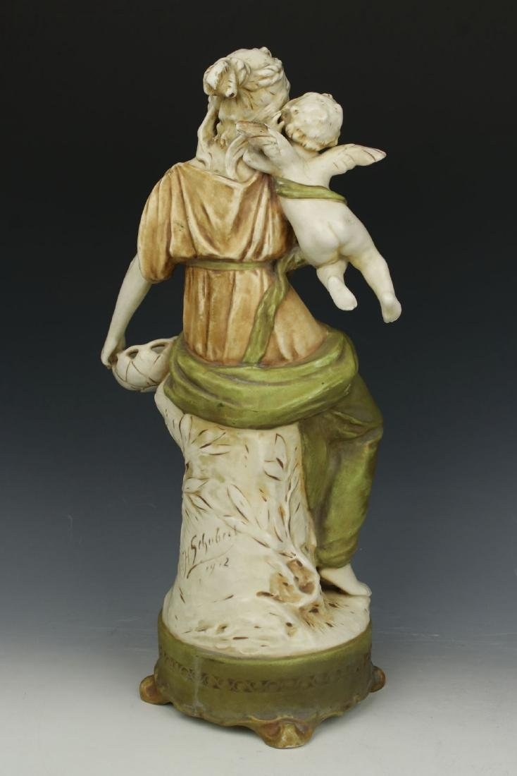 """Royal Dux figurine """"Woman with Cupid"""" - 4"""