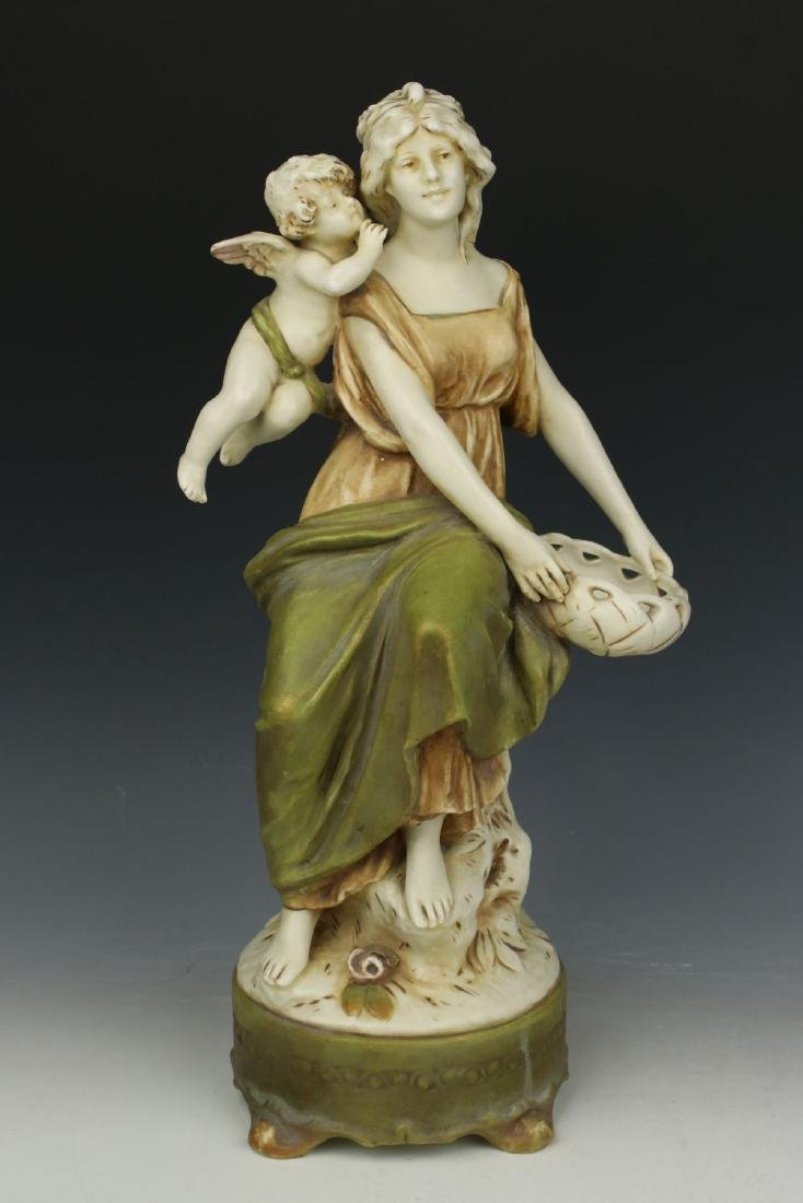 """Royal Dux figurine """"Woman with Cupid"""" - 5"""