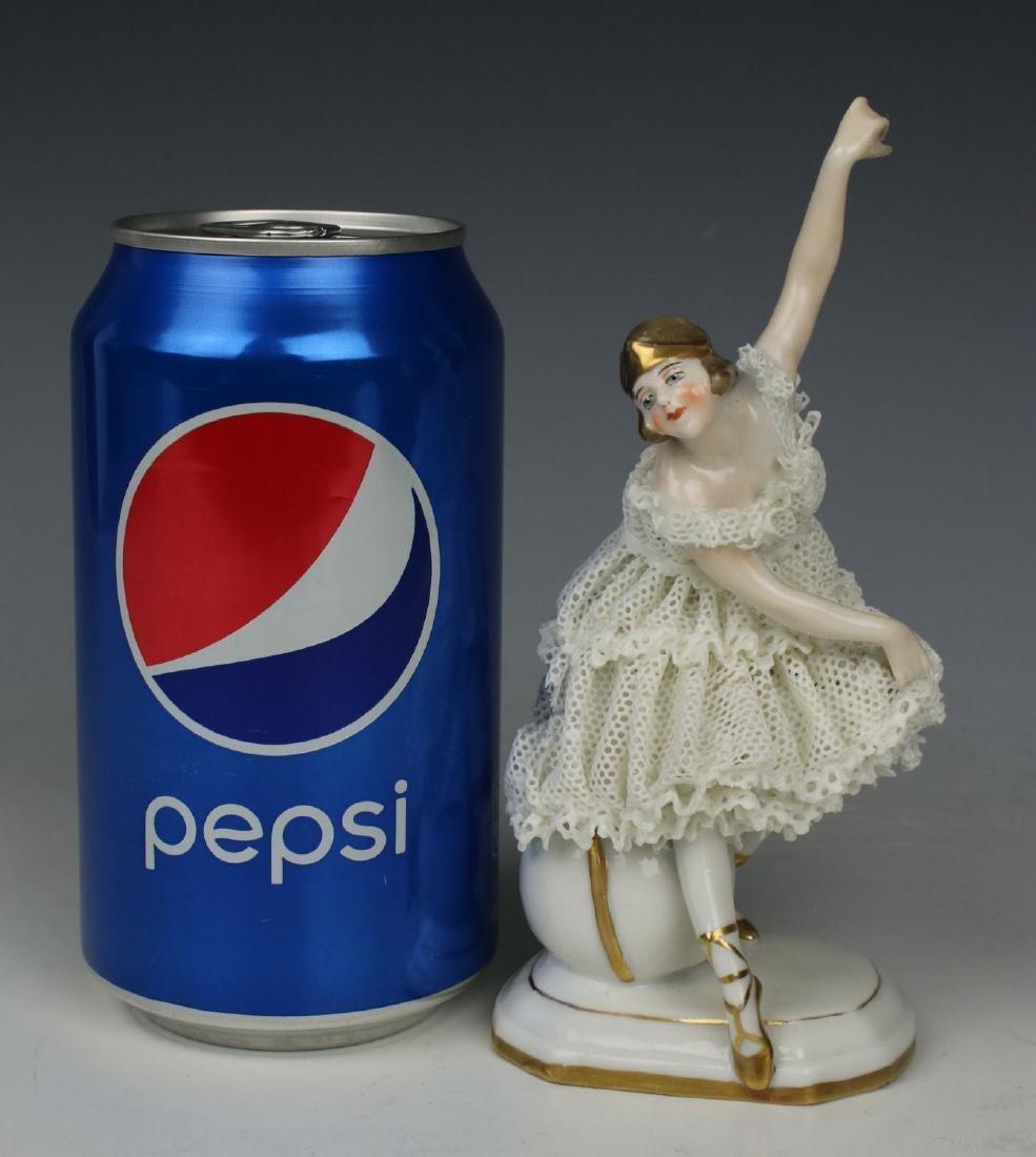 "Galluba & Hofmann Figurine ""Ballerina with Ball"" - 10"