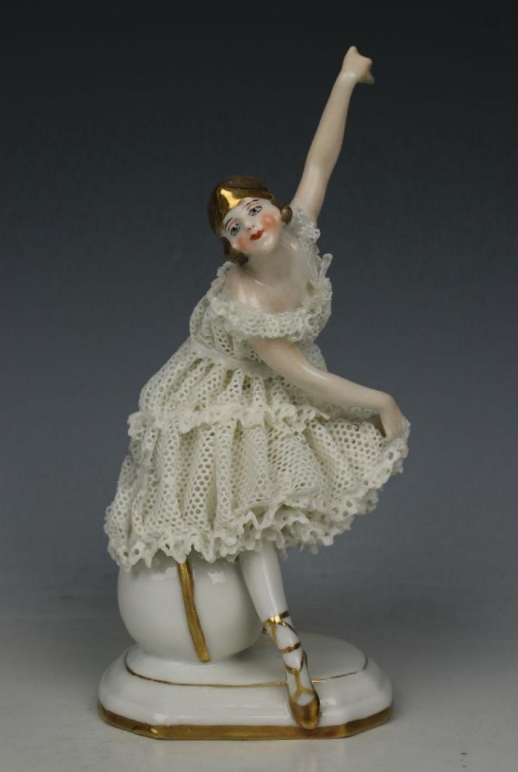 "Galluba & Hofmann Figurine ""Ballerina with Ball"" - 2"