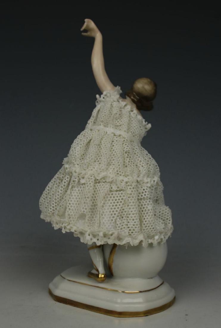 "Galluba & Hofmann Figurine ""Ballerina with Ball"" - 4"