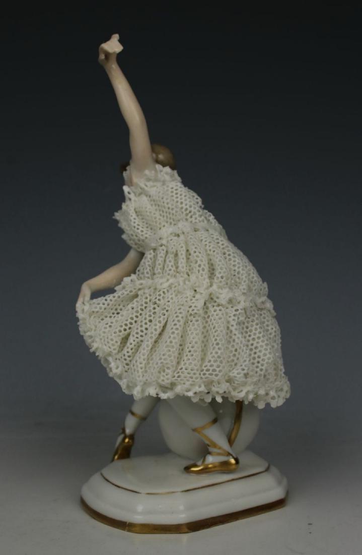 "Galluba & Hofmann Figurine ""Ballerina with Ball"" - 5"