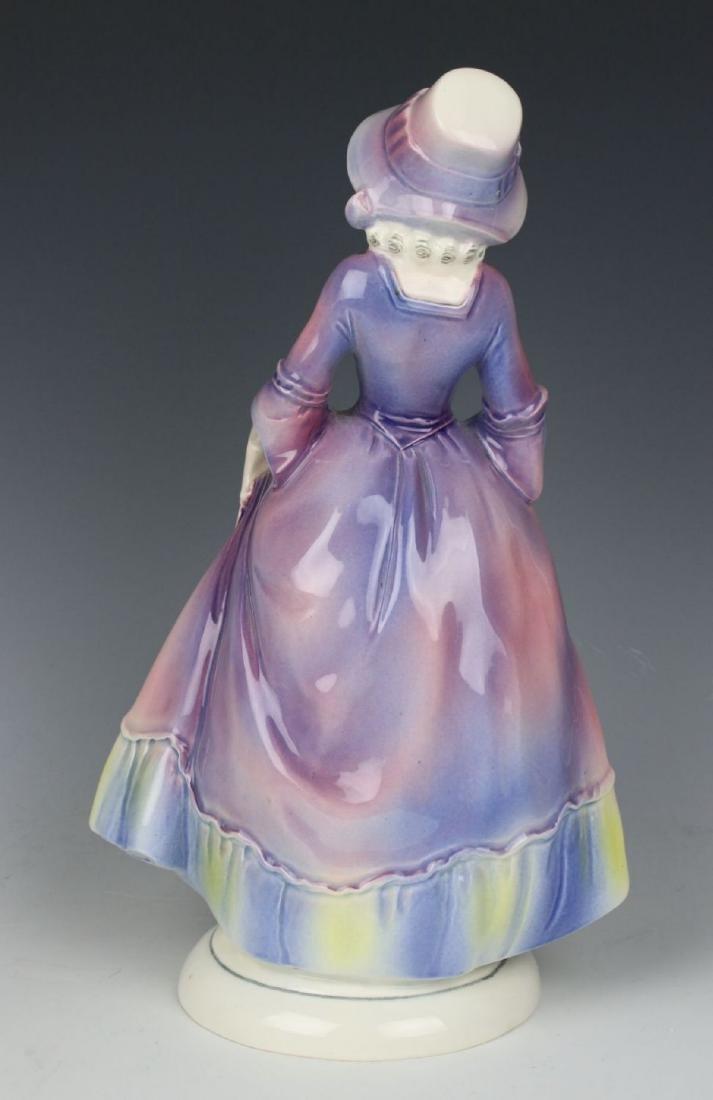 "Katzhutte Porcelain figurine ""Lady in Bonnet"" - 4"