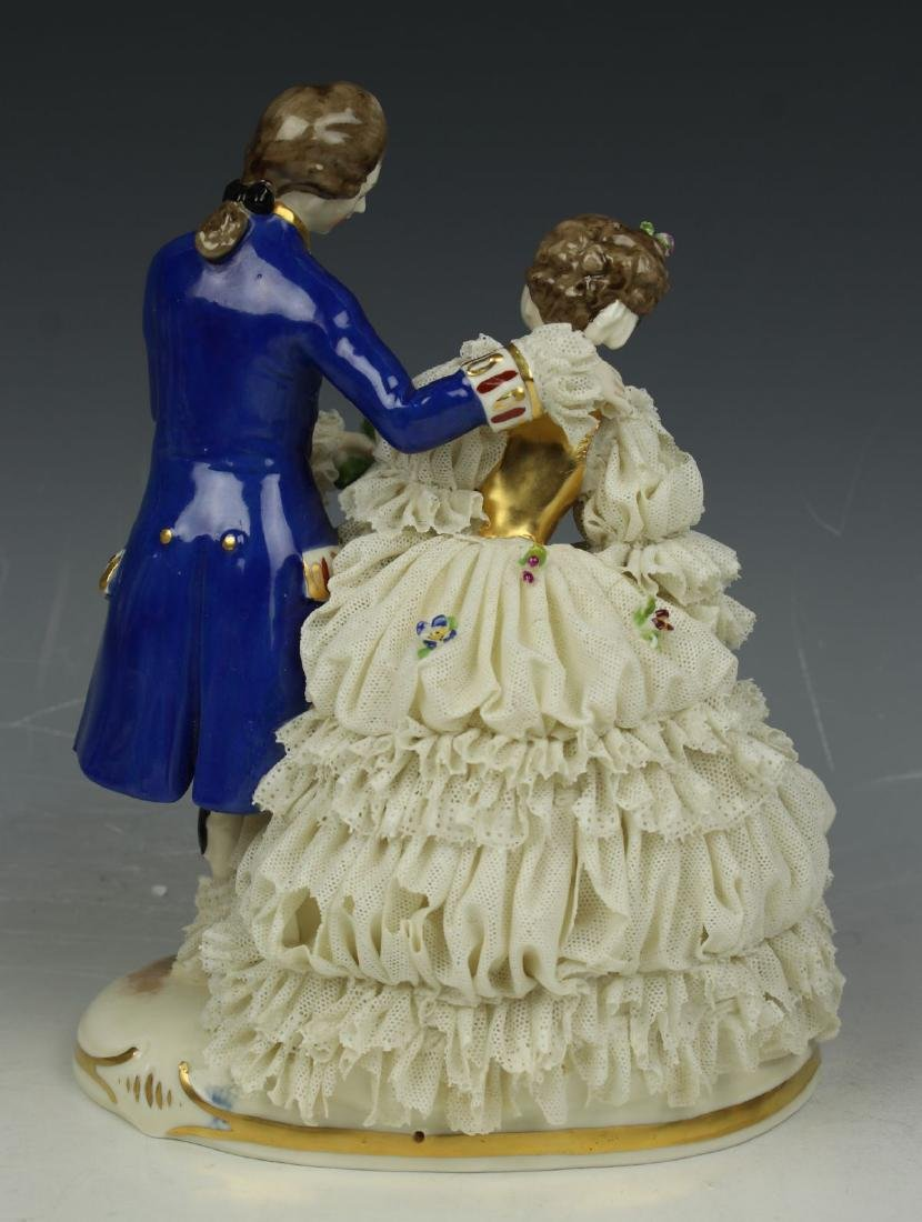 "Ackermann & Fritze Dresden lace figurine ""Courting - 4"