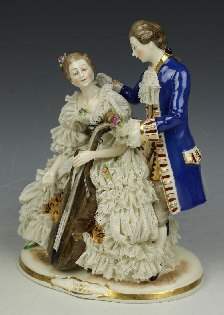 "Ackermann & Fritze Dresden lace figurine ""Courting - 6"