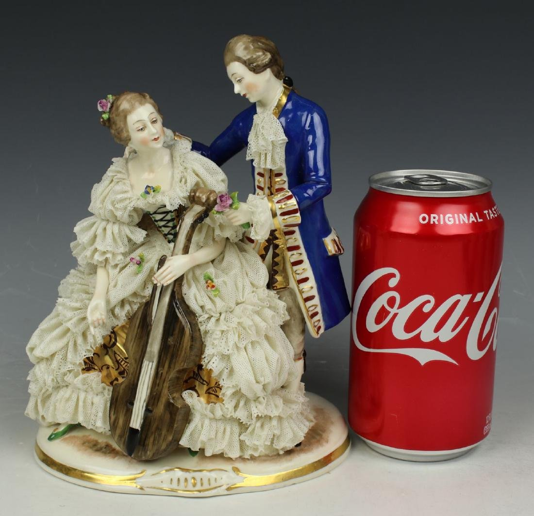 "Ackermann & Fritze Dresden lace figurine ""Courting - 9"
