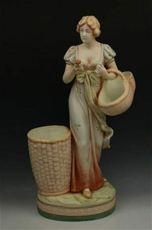 """Royal Dux figurine 11887 """"Woman with Baskets"""""""